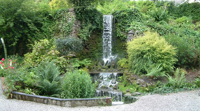 Waterfall at the front of the Garden Suite